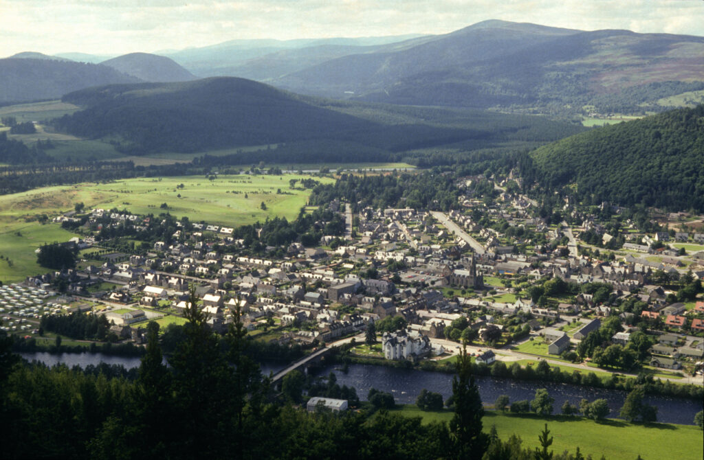Ballater from the South